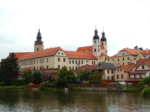 通博官方网站特奇一座捷克山城的沉静与幽僻