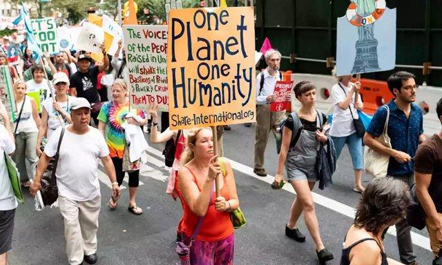 九月第二个周末横跨欧洲的示威拉开旧金山全球气候行动峰会的序幕