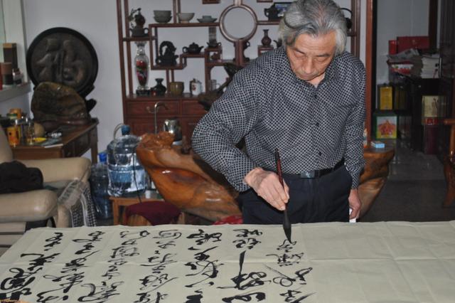 马航失联客机上有部分中国艺术家 5日在马举行