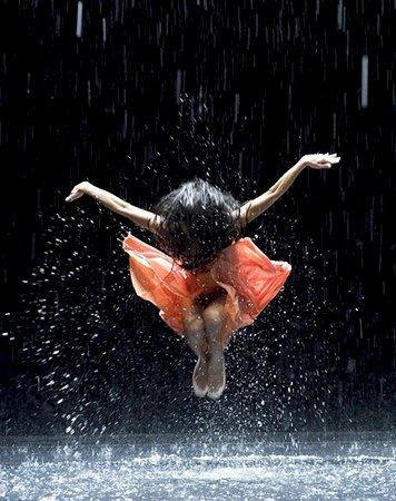 《翩娜》的舞蹈 心灵的接近