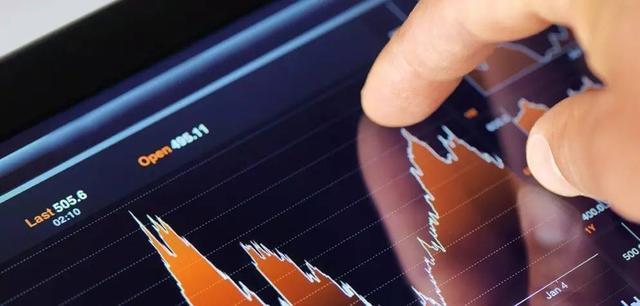 李曙光:用市场化的方式解决危困企业问题