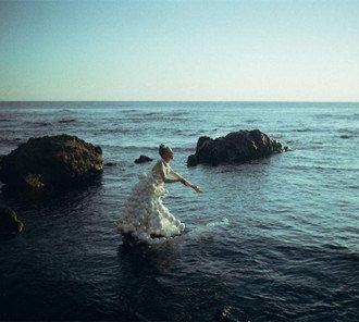 摄影师用胶片诠释美人鱼