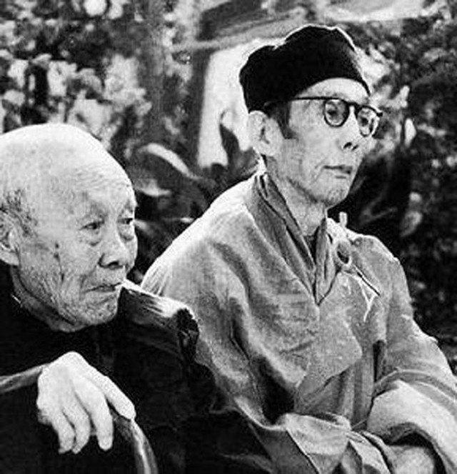 孙耀庭(左),修明法师(右)