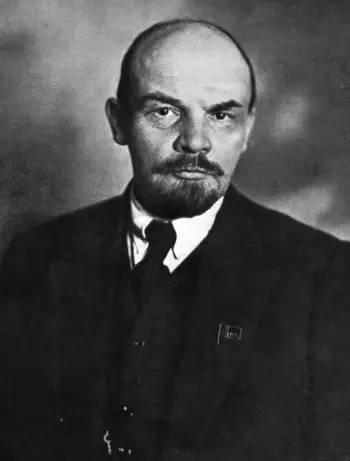 闻一:布尔什维克是怎样用暴力对付舆论的?
