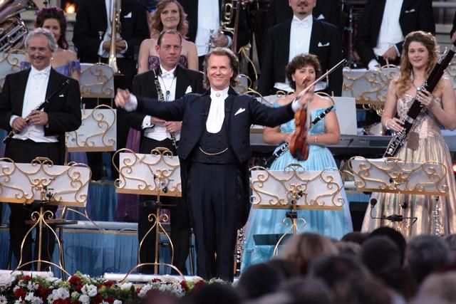 小提琴家安德烈·里欧:在古典乐中加入幽默成分
