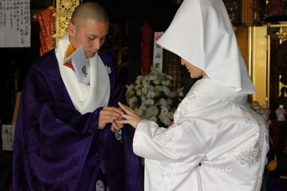 资料图:结婚的僧侣