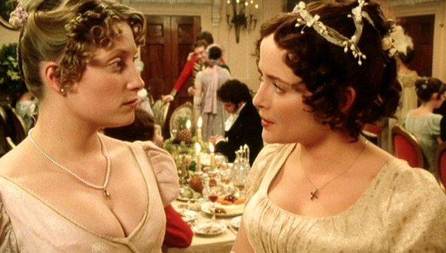 19世纪英国妇女宴会着装