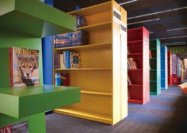 """集装箱可以设计成图书馆?这种""""移动城堡""""的妙用还有很多"""
