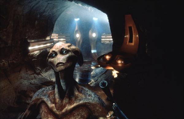 美国科幻作品中外星人的代际更迭