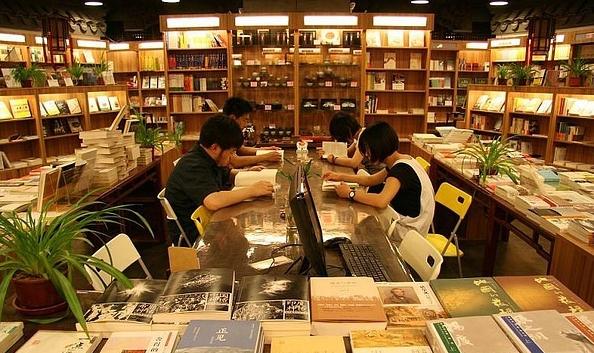 彼岸书店的逆势扩张 盈利仅三分之一来自书