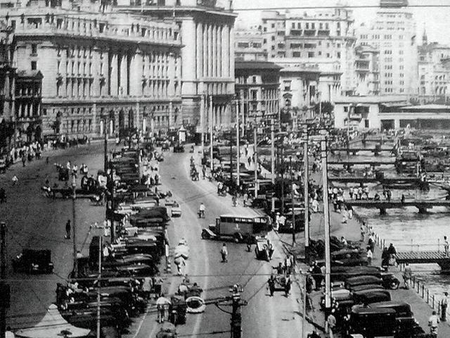 摩登大都会:在大时代中,上海的现代、奇幻与浮纨