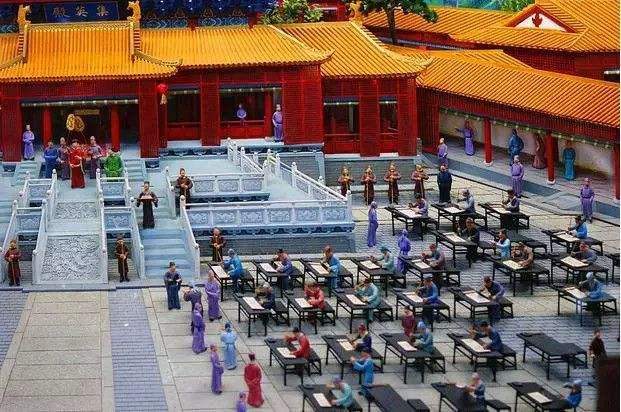 1905中国大拐点:废除科举是如何加速大清灭亡的?
