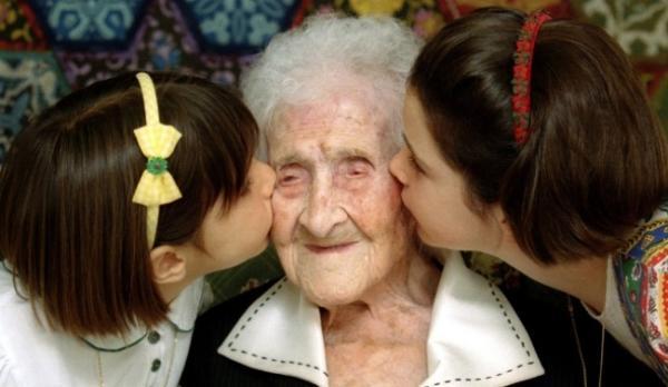 人类寿命的自然极限是115岁?
