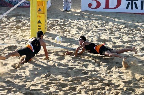届全运会男子沙滩排球比赛第五名,韩胜威/赵昀龙位列第六. 高清图片
