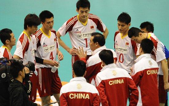 落选赛前冲刺热身 中国国际男排精英赛25日打响