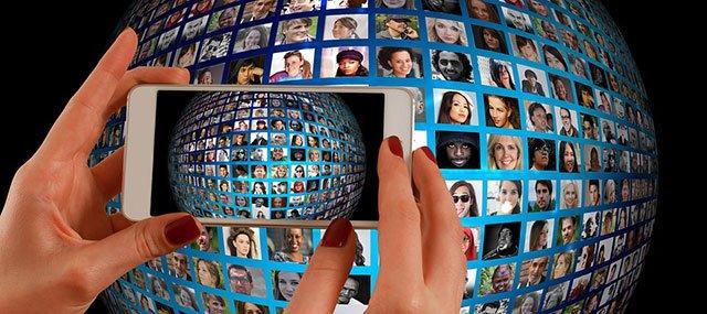 我投降:我們都是社交媒體的俘虜