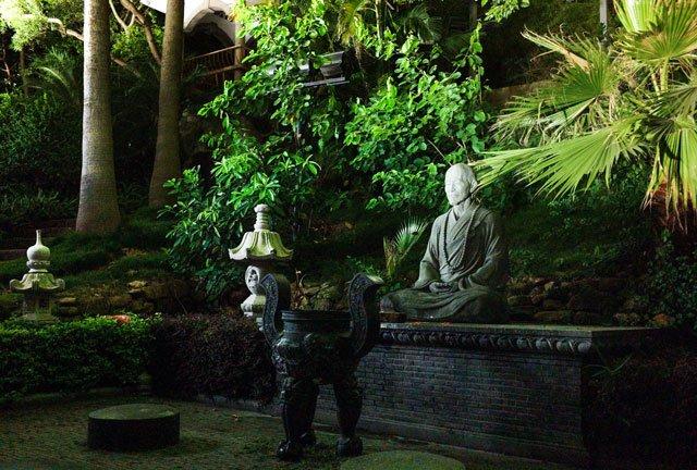 厦门鼓浪屿日光岩寺中的弘一大师像