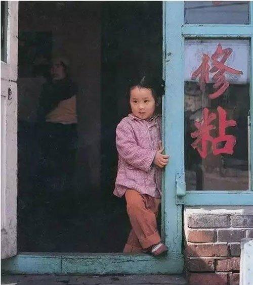 日本攝影師秋山亮二鏡頭下的80年代中國街景