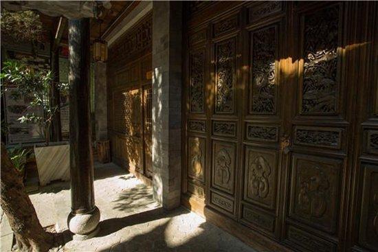 在中和居追寻大理历史文化 在大院里享受悠闲时光