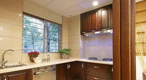 新中式厨房装修效果图 厨房比较大该怎么装修