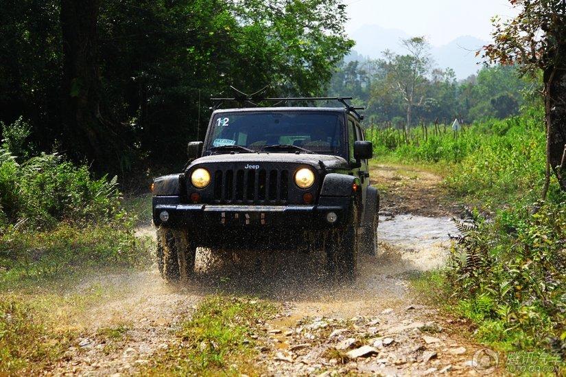 [腾讯行情]潍坊 Jeep牧马人优惠3.56万元