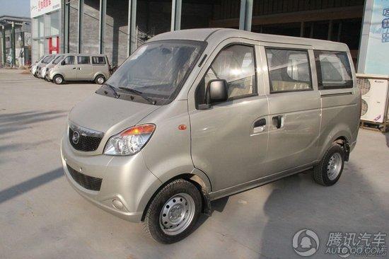 2009款 福仕达1.0mt 标准型 空调版