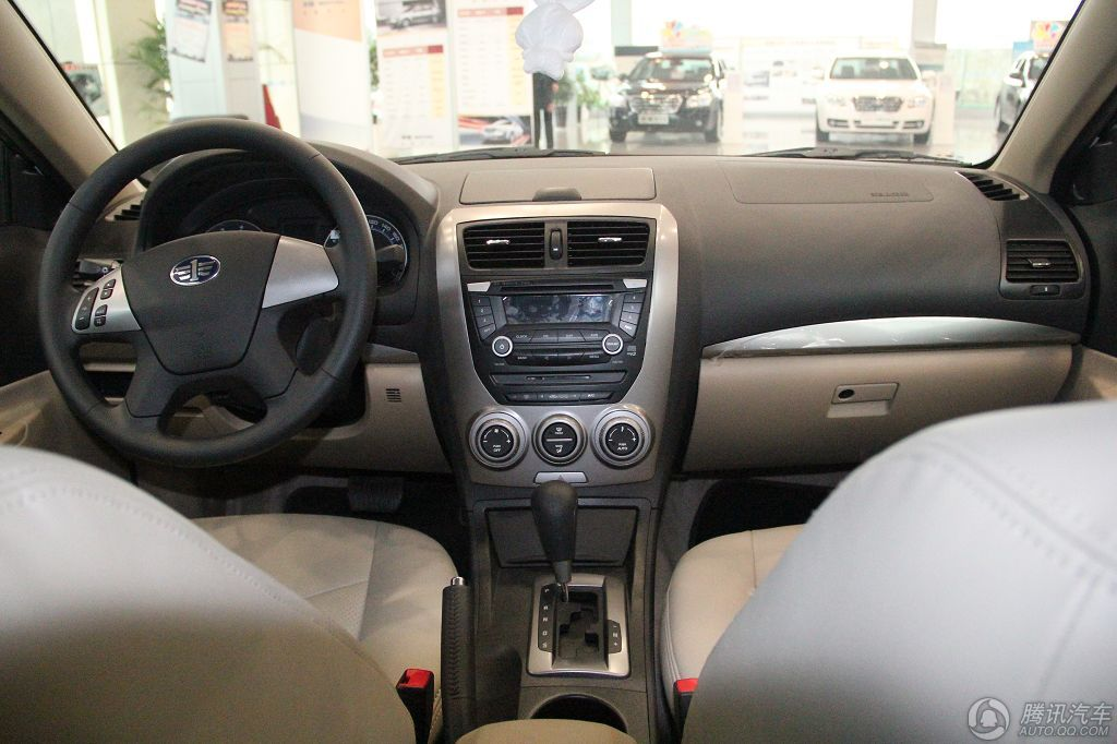 2011款 奔腾B50 1.6 MT舒适型