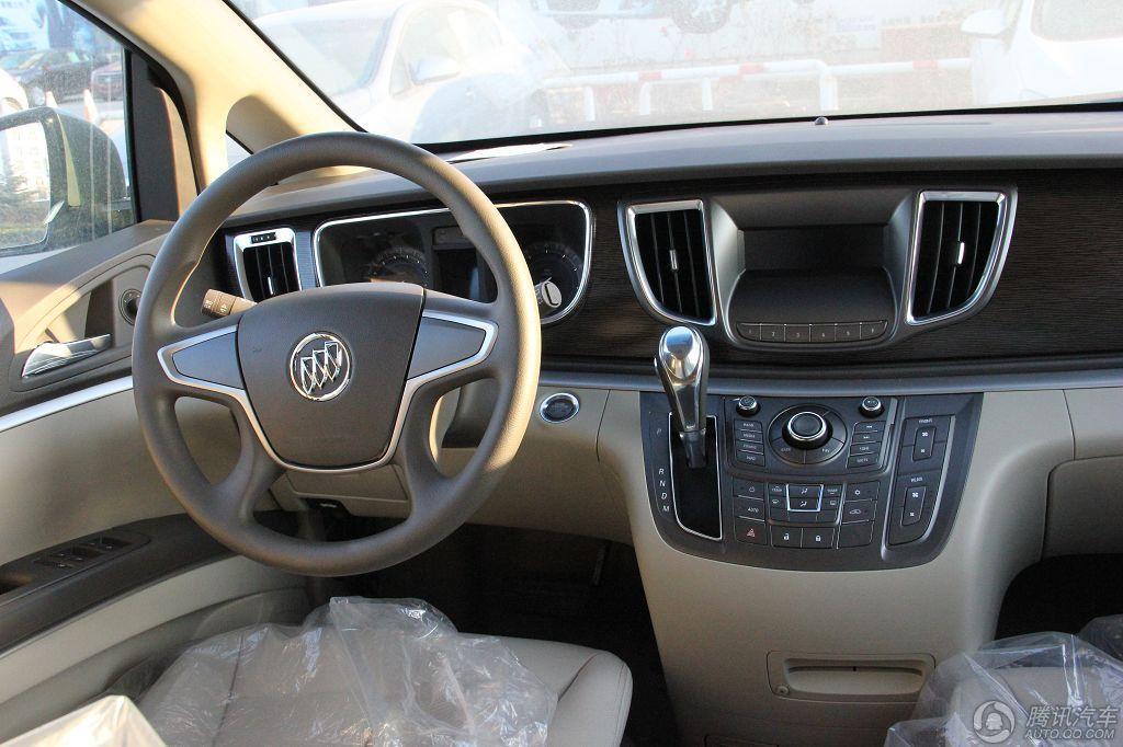 2011款 别克GL8 2.4 CT舒适版 豪华商务车