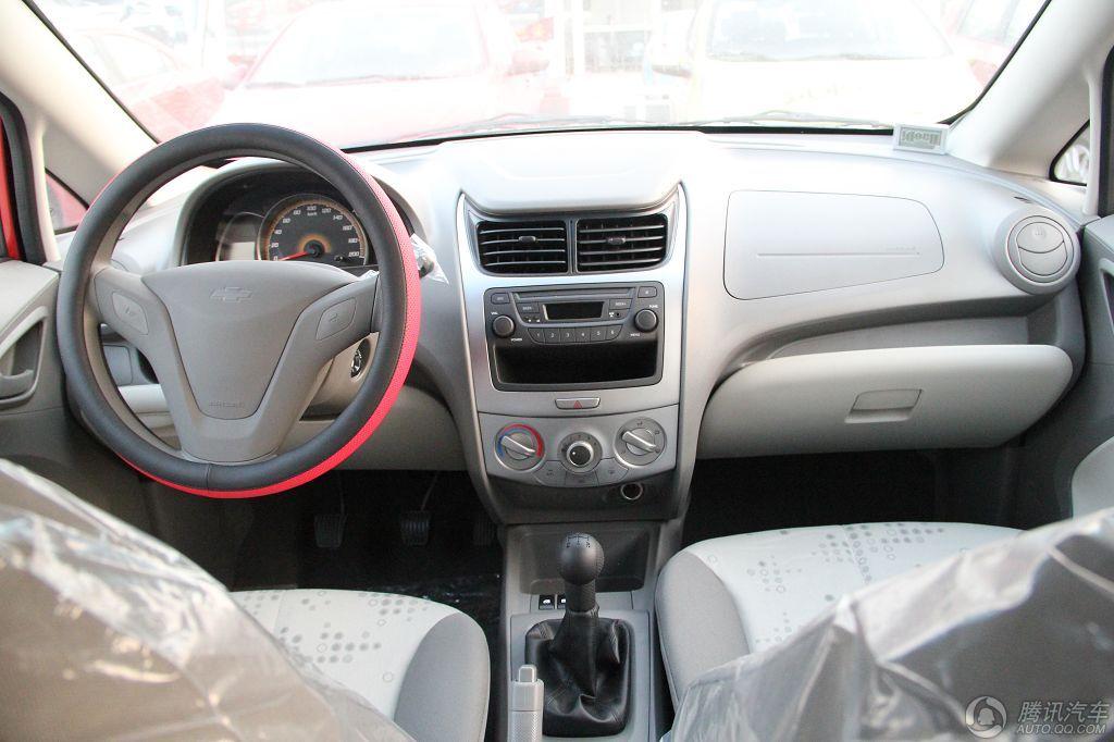 2010款 赛欧两厢 1.2 SE 手动理想版