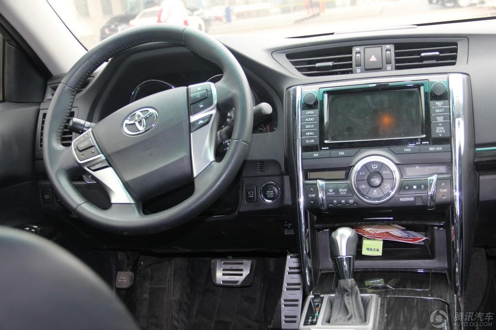 2010款 锐志2.5V 天窗导航版