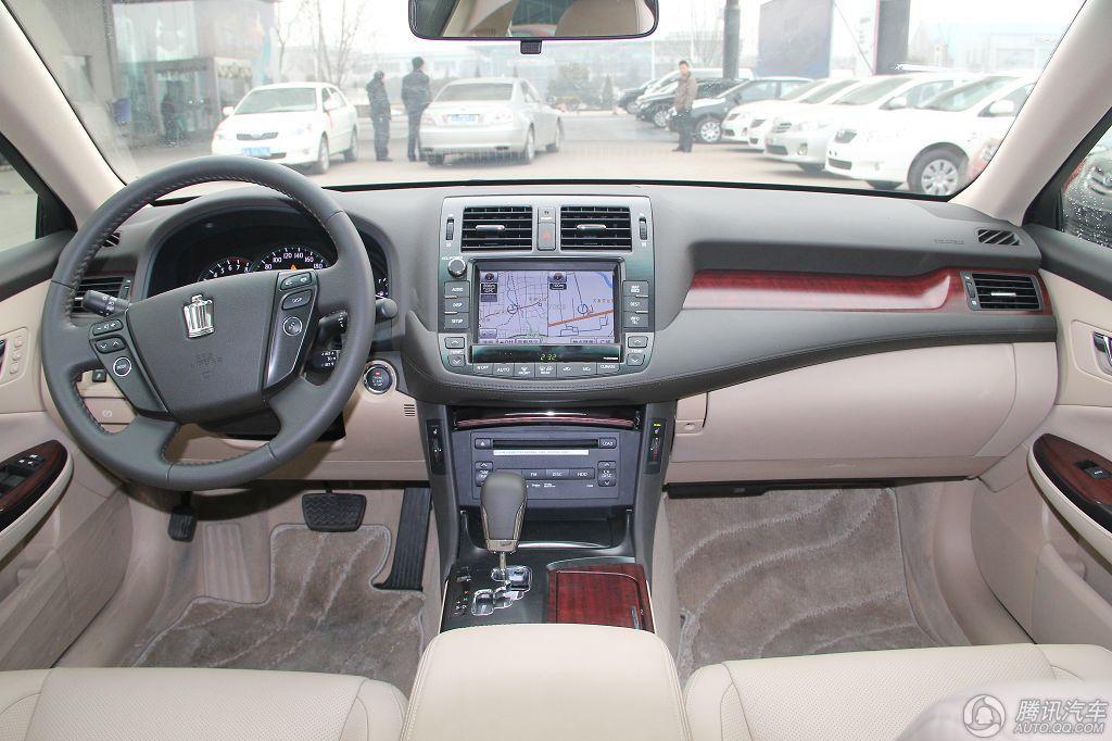 2010款 皇冠 3.0L V6 Royal Saloon