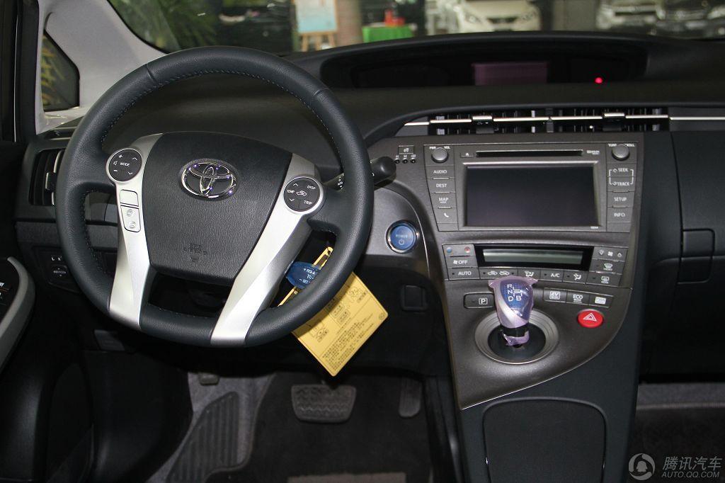 2012款 普锐斯 1.8L混动 豪华先进版