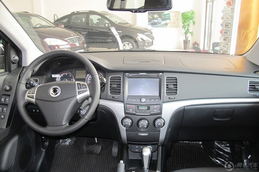 2011款 柯兰多 2.0T 柴油 两驱豪华导航版
