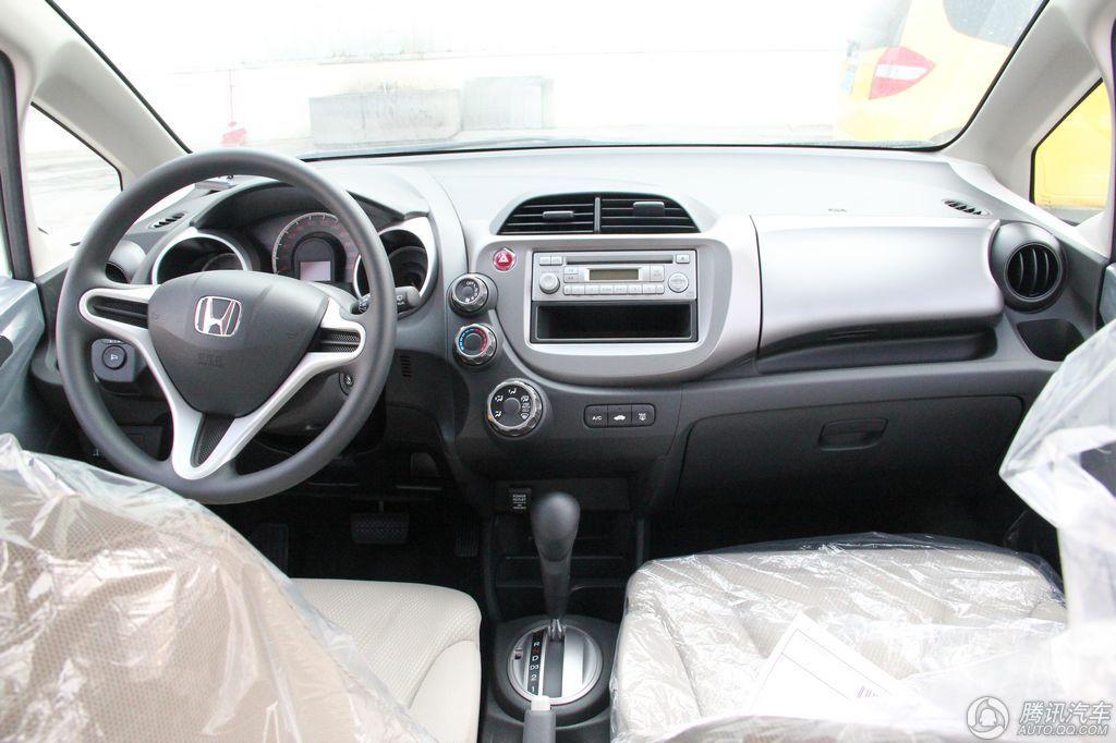 2011款 飞度 1.3L AT舒适版