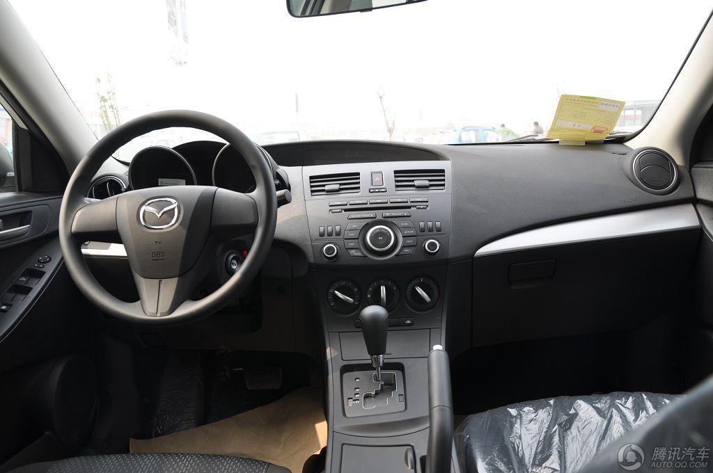 2012款 星骋 两厢 1.6L 自动精英型