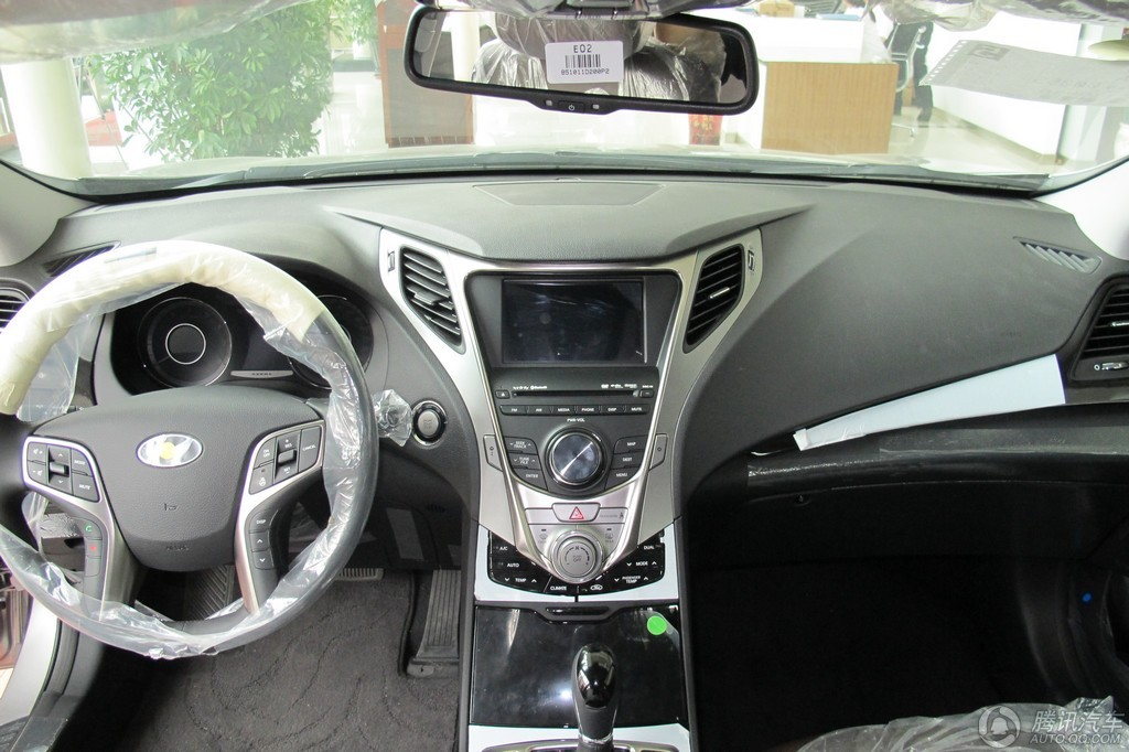2011款 雅尊 2.4L 旗舰型