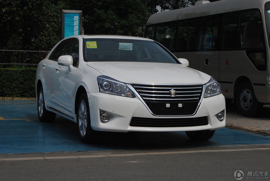 2012款 皇冠 2.5L V6 Royal