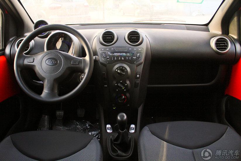 2012款 比亚迪F0 1.0 MT 悦酷型