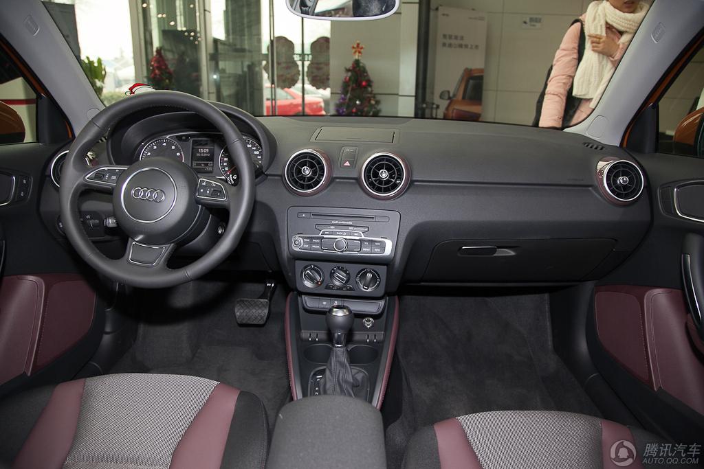 2013款 奥迪A1 30 TFSI Sportback Ego (选装17寸轮毂)