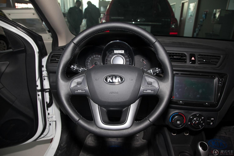 2012款 起亚K2 两厢 1.6L AT Premium