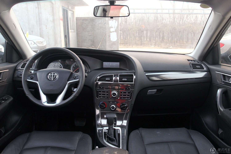 2012款 中华V5 1.5T AT 两驱运动型 (蒙特利尔灰)