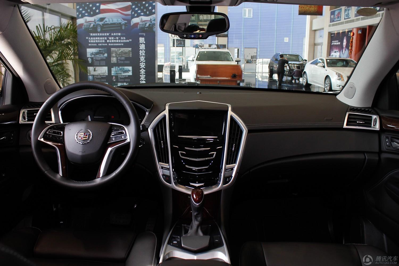 2013款 凯迪拉克SRX 3.0L 领先型 (钻白)