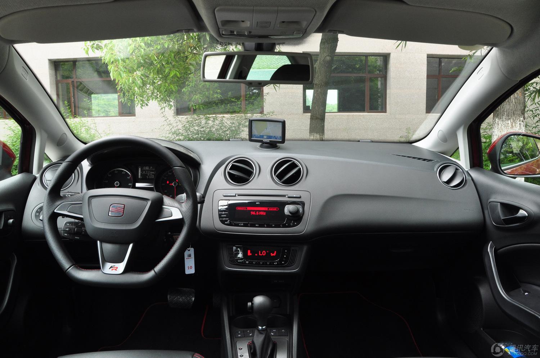 2013款 伊比飒Ibiza 1.4TSI 3门版FR 试驾实拍
