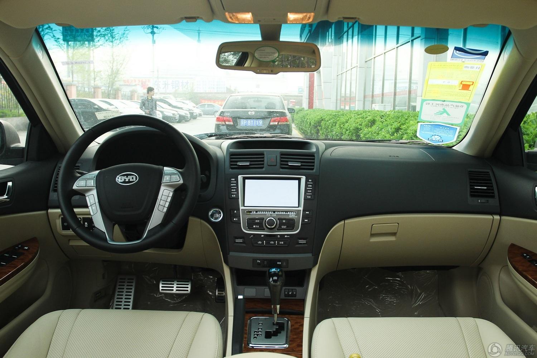 2013款 比亚迪G6 1.5T AT尊荣型
