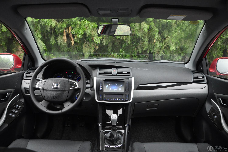 2012款 众泰Z300 1.5L MT尊贵型 试驾实拍