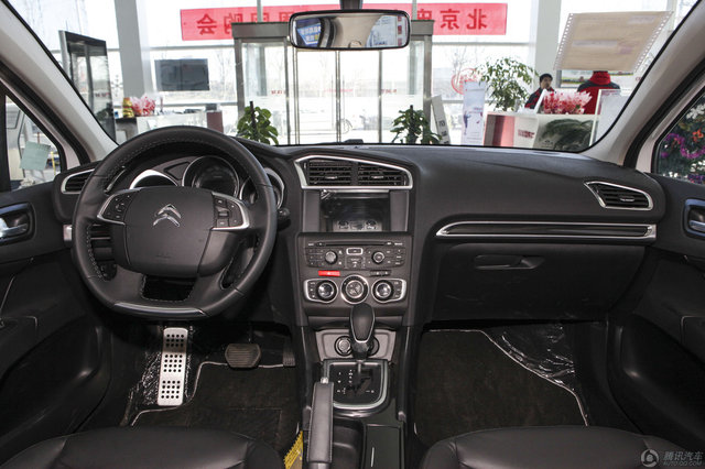 2014款 雪铁龙C4L 车载互联版 1.8L AT劲智型
