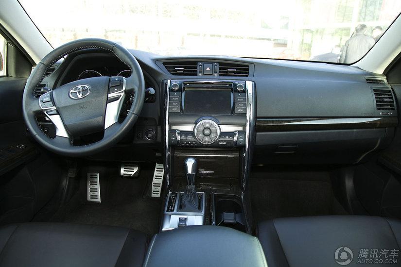 2013款 丰田锐志 2.5V AT尚锐导航版