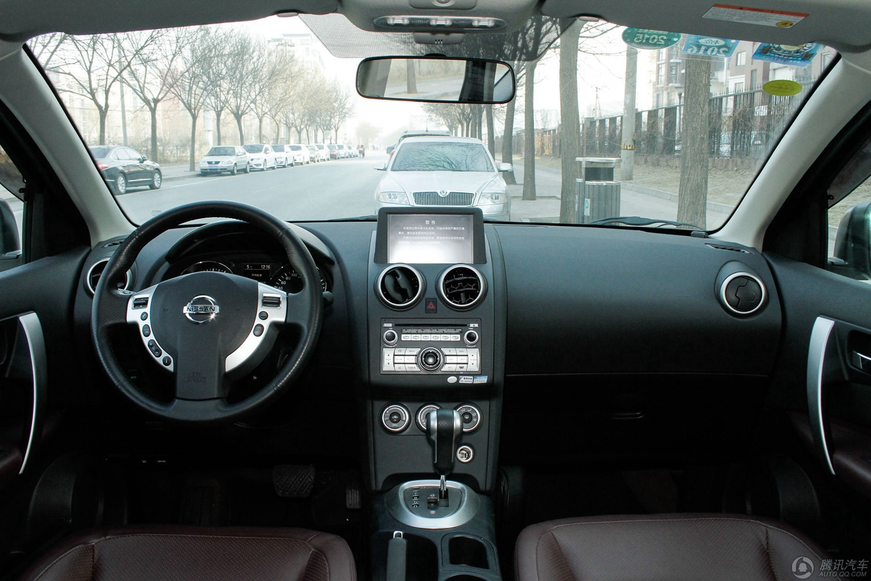 2012款 日产逍客 雷 2.0XV CVT两驱版