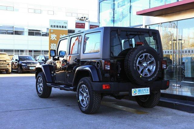 2015款 Jeep牧马人 3.0L 四门版 Sahara