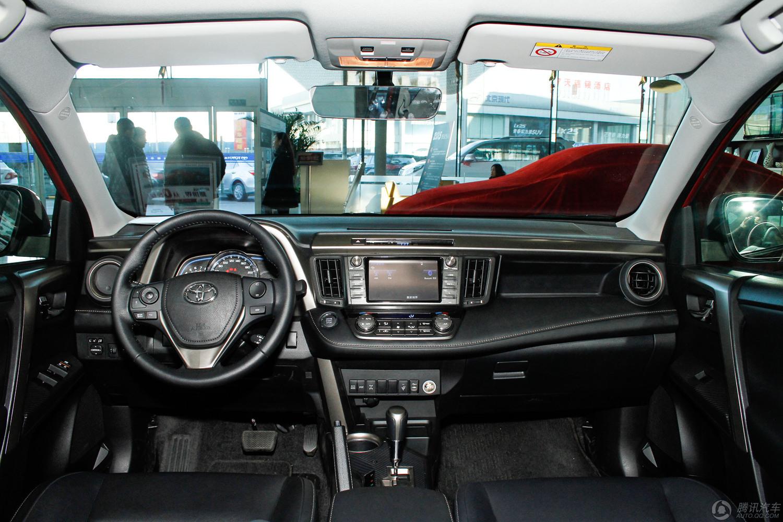 2015款 丰田一汽丰田RAV4 2.0L CVT四驱新锐版